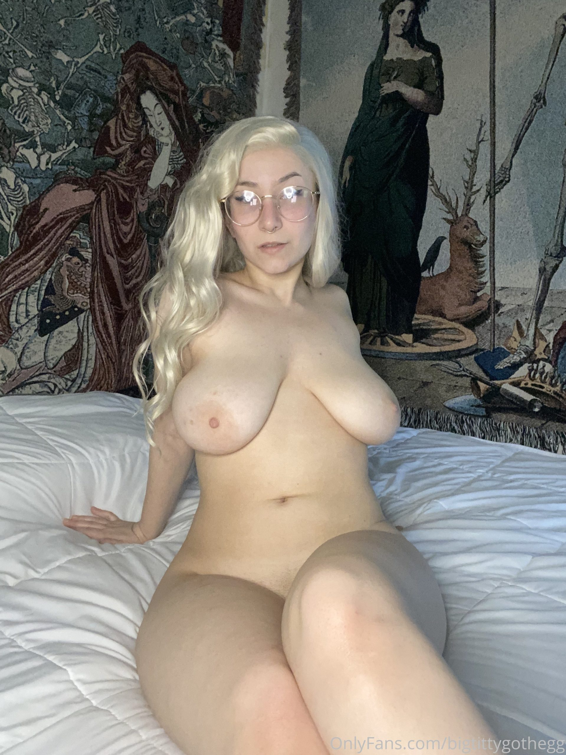 BigTittyGothEgg OnlyFans Nudes Leaked
